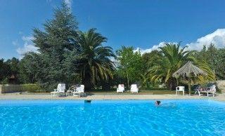 Sainte-Lucie de Porto-Vecchio, Villa de vacances avec 1 chambres pour 4 personnes. Réservez la location 907742 avec Abritel. mini villa mitoyenne 4 à 6 personne avec piscine à ste lucie de porto vecchio 355€