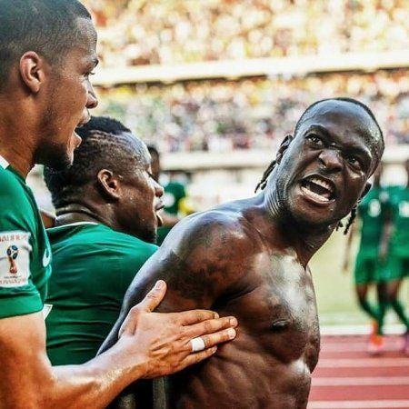 How Victor Moses Went From An Orphan Seeking Asylum To Premier League Champion http://ift.tt/2Api7Kq