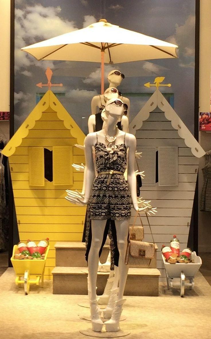 Bonami #Fashion Queens #mannequins in Oasis Argyle Street.  @oasis Fashion…