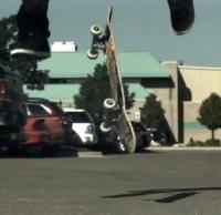 Vídeo com varias manobras de skate em Slow Motion, uma compilação de tricks dos vídeos da Skateology já bastante conhecidos aqui no site, Filmado em 1000 frames por segundo com uma câmera de velocidade alta Redlake N3.