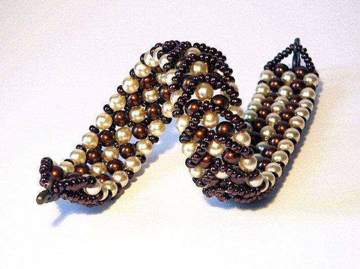 Beaded Bracelet, Pearly Bracelet, Glass Beaded Bracelet, Brown and Cream Pearly Bracelet - Hot Chocolate - pinned by pin4etsy.com