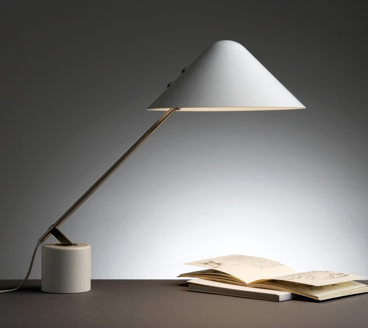 Swing VIP Table Lamp from Carl Hansen & Son. Design by Jørgen Gammelgaard. #lighting #design #interior