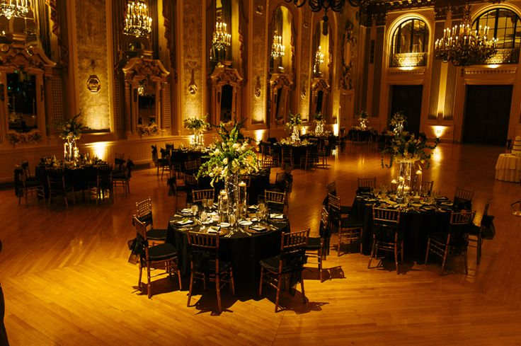 Classic Wilmington Wedding at Hotel du Pont, DE (Iluminada Photography)