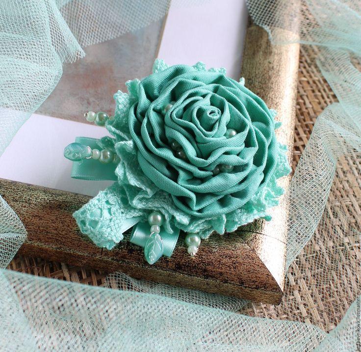 Купить Текстильная брошь Мятная свежесть - мятный, Елена Кожевникова, текстильная брошь, Текстильная брошка