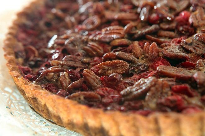 Cranberry tart adds to Thanksgiving tradition