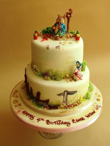 Inspired by Beatrix Potter - by Suzanneatthefrostery @ CakesDecor.com - cake decorating website
