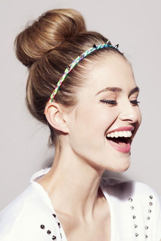 Headband hair via Flair.be (http://www.flair.be/nl/kapsels/296489/de-truc-met-het-haarbandje-1-kapsel-9-looks)