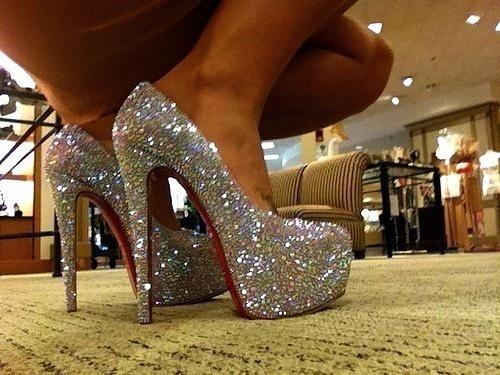 Glitter: Fashion, Style, Clothes, Heels, Closet, Christian Louboutin, Sparkle, Shoes Shoes