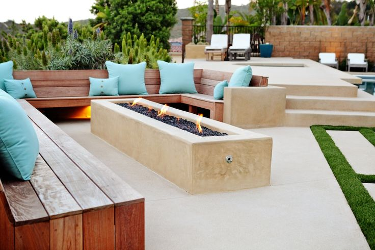 Firepit and built-in seating