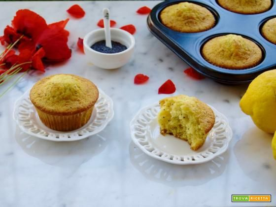 Lemon Muffins ai semi di papavero  #ricette #food #recipes