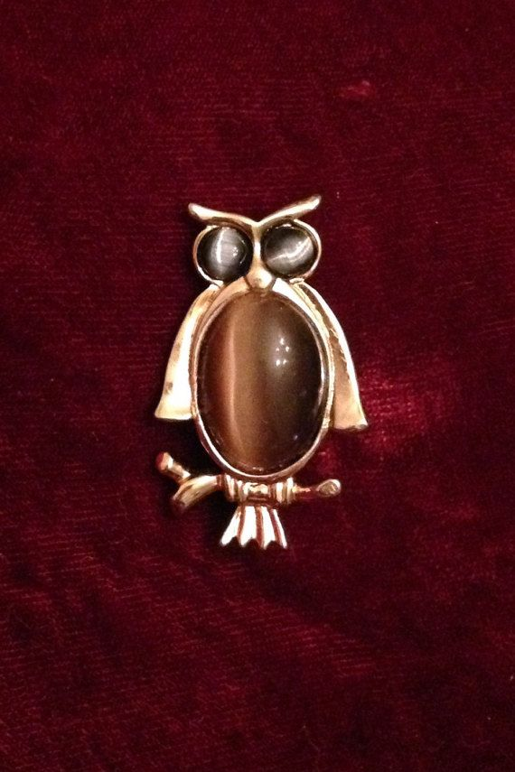 Vintage 60s/70s Polished Agate Owl Brooch Pin by MsMaude on Etsy