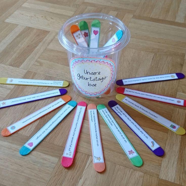 Geburtstagslose Die letzten Schuljahre hatte ich den tollen Geburtstagswürfel nach einer Idee von Valessa in Gebrauch. Nachdem er nun etw...