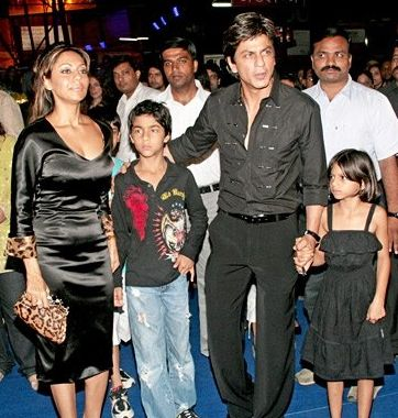 Shahrukh, and Gauri Khan with their children Aryan and Suhana  Credit: The Diplomat online