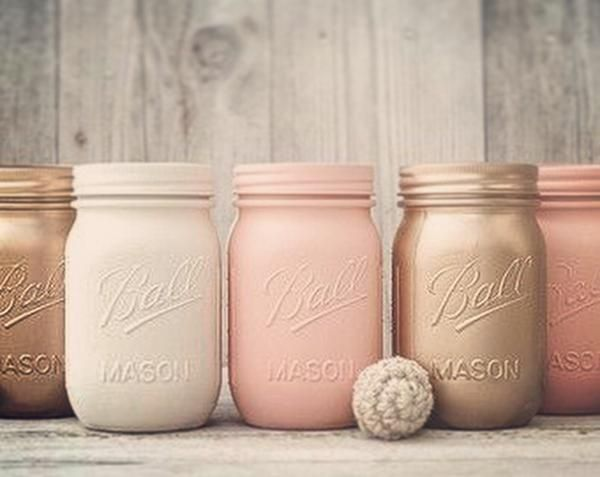 Beautiful sparkle mason jars, glitter dipped mason jars. wedding or home decor mason jars, glitter mason jars.These shimmering mason jars are stunning at a fabu