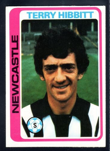 TOPPS FOOTBALLERS-PALE BLUE-1979-TERRY HIBBITT-NEWCASTLE UNITED No.271