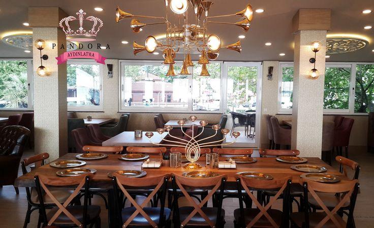 Pandora Aydınlatma markasını ve kalitesini seçen Pastell Cafe Bistro şıklığın ve zerafetin Karadeniz Ereğli ' deki durak noktası olmuştur. Ahşap masalar, sandalyeler, mobilyalar, aynalar ve aydınlatma ürünlerinin birçoğu özel üretim olup Pastell Cafe Bistro için tasarlanmış ve konsept oluşturmuştur. Fiyat ve ürün bilgisi için satis@pandoraaydinlatma.com 'a mail atabilirsiniz ya da 0212 297 0296 numaralı telefonu arayabilirsiniz. #decorations #aydinlatma #lighting #lightingdesign