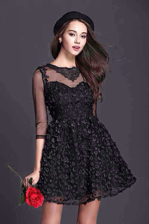 black dress lace