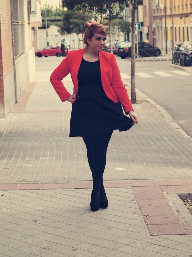 Blazer: Zara        Dress/Vestido: Primark        Shoes/Zapatos: Primark        Bow/Lazo: h&m