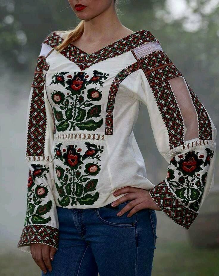 #Ukrainian #Style #Spirit of #Ukraine Vía Oleksandra Fedoruk Facebook