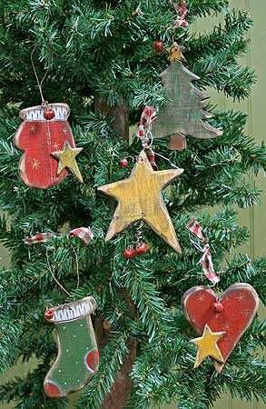 Primitive Wooden Christmas Holiday Ornament - Christmas and Holiday - Primitive Decor