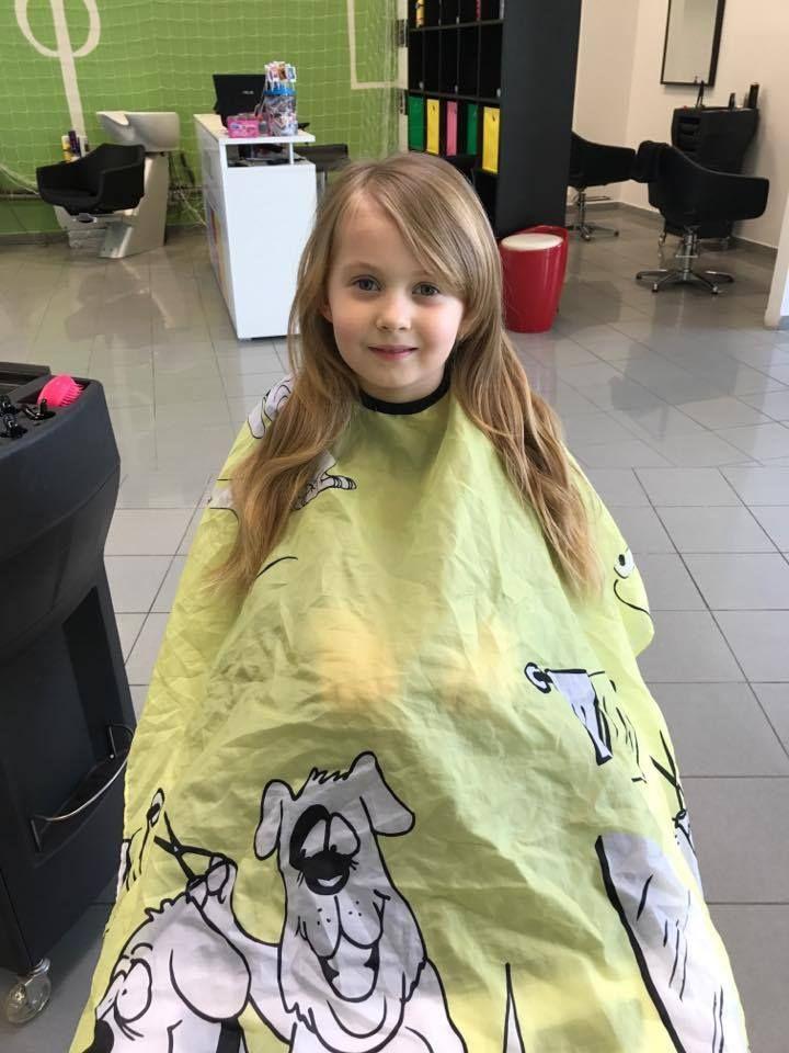 Aj takto vyzerá mladá slečna, ktorá sa rozhodla, že zmena účesu jej neuškodí.  #detskekadernictvo #kadernictvo #trnava #trnavarkadia #kadernictvotrnava #newhair #haricut #hairstyle #haircut #h