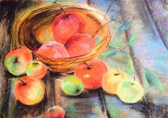 Яблоки Изображение яблок в тарелки
