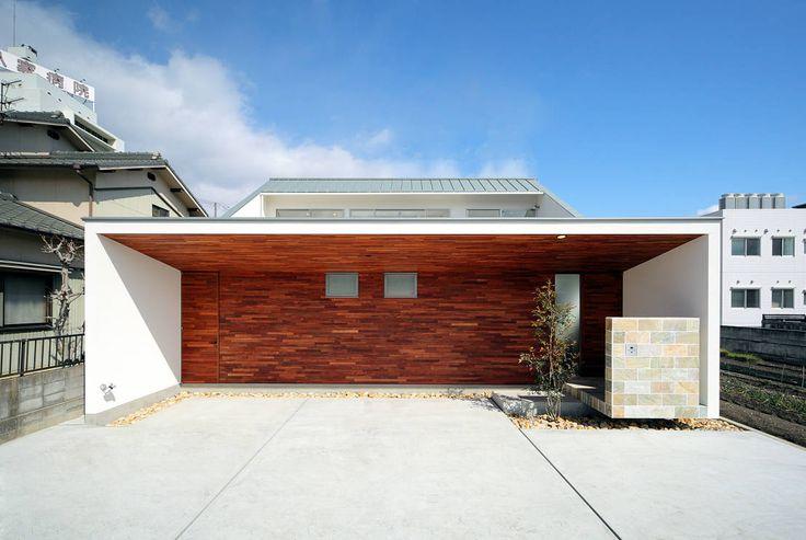 今回ご紹介するのは中庭のある家です。日々忙しい暮らしの中で、ほっとする空間でありたい家。