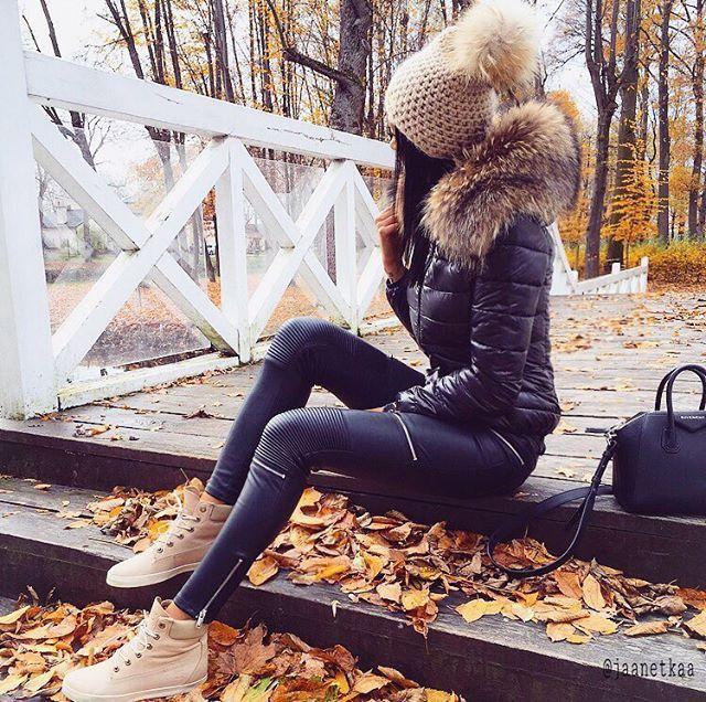 # ootd # black # beige # leather # pants # zara # timberland # shoes # fur # jacket # givenchybag