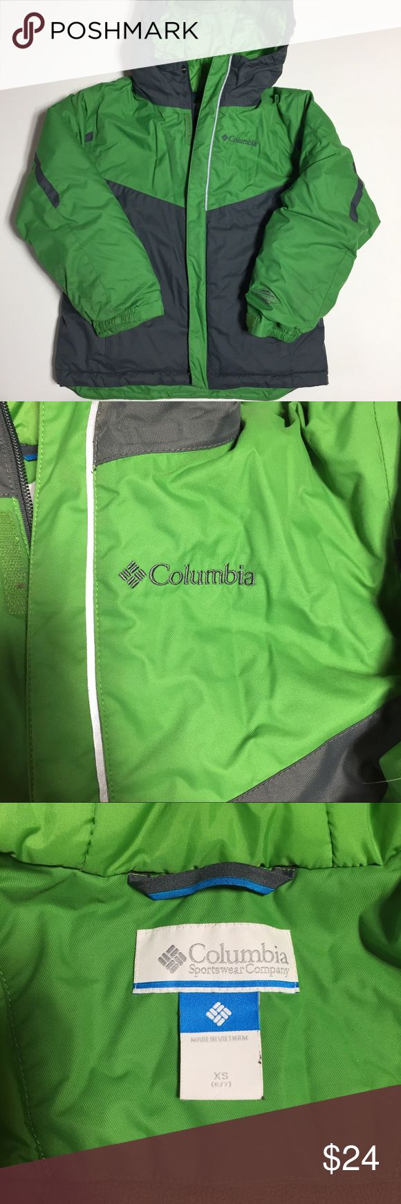Columbia Boys Winter Jacket Size XS (6/7). Green and gray. Nylon and polyester. Front zip pockets. Hood. Zip and Velcro front closure. Inside pockets. Internal sleeve grow feature. Very good condition. (2/20 32) Columbia Jackets & Coats