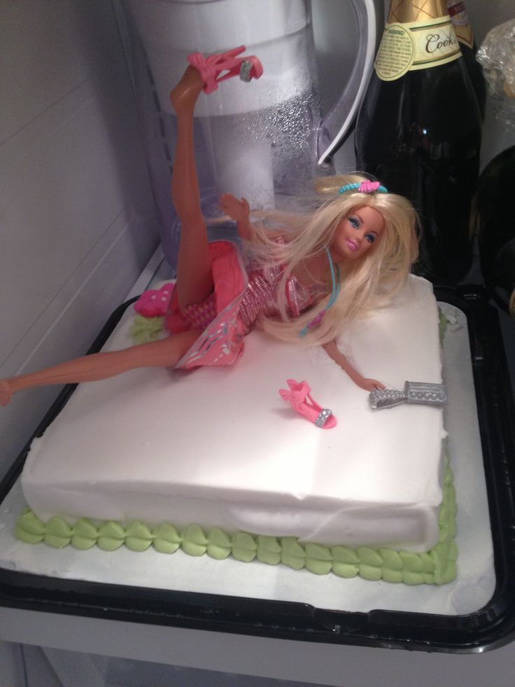 I Bought A Barbie Placed It On The Bachelorette Cake