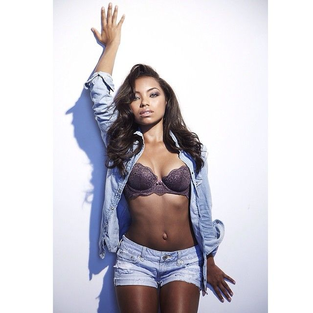 Logan Browning: Hottest Photos Of Dear White People Star