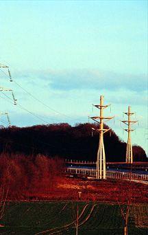 Corolle - pylône électrique pour lignes hautes tension | via.fr