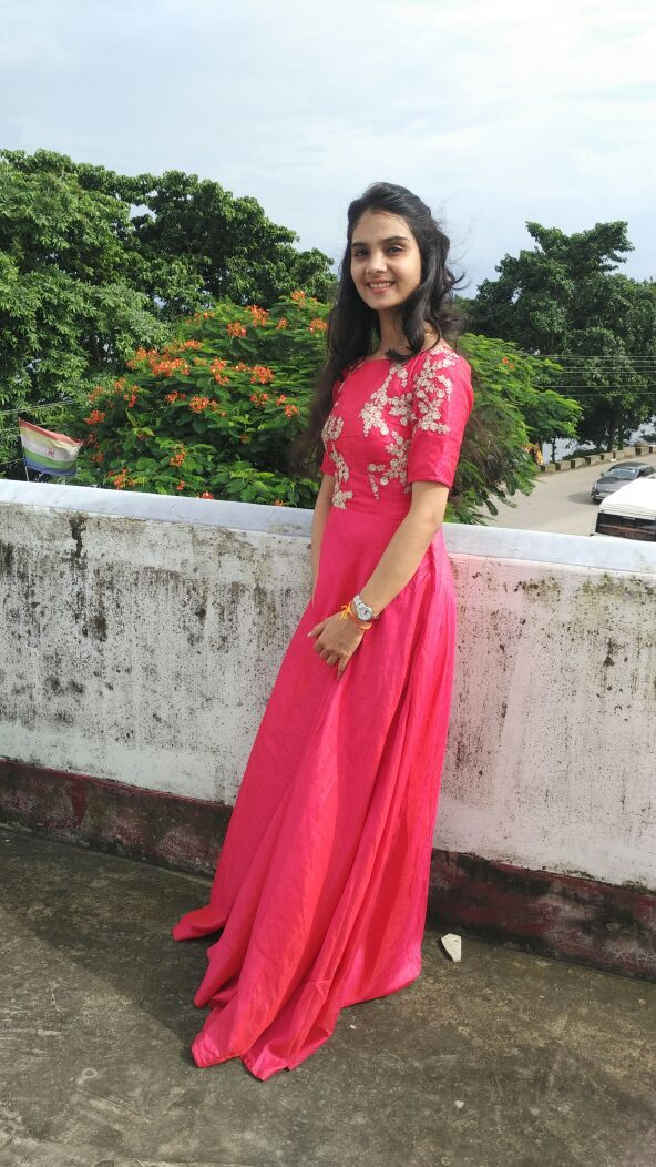 Just added simple and good touch of indian clothing