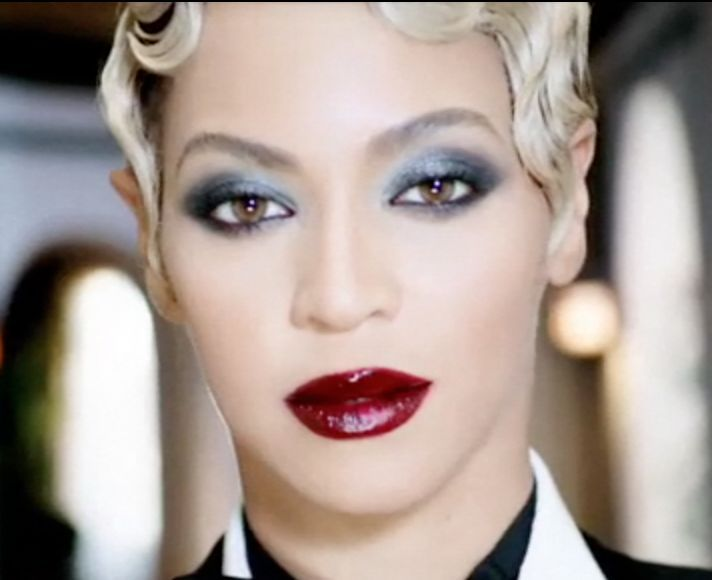 Beyonce, Haunted beauty look, Metallic Smokey Eye, Glossy Burgundy ...