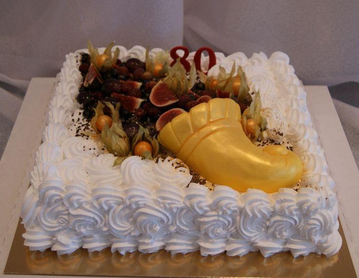 """Юбилейный торт на 80-летие """"Рог изобилия"""".Вес 5 кг."""