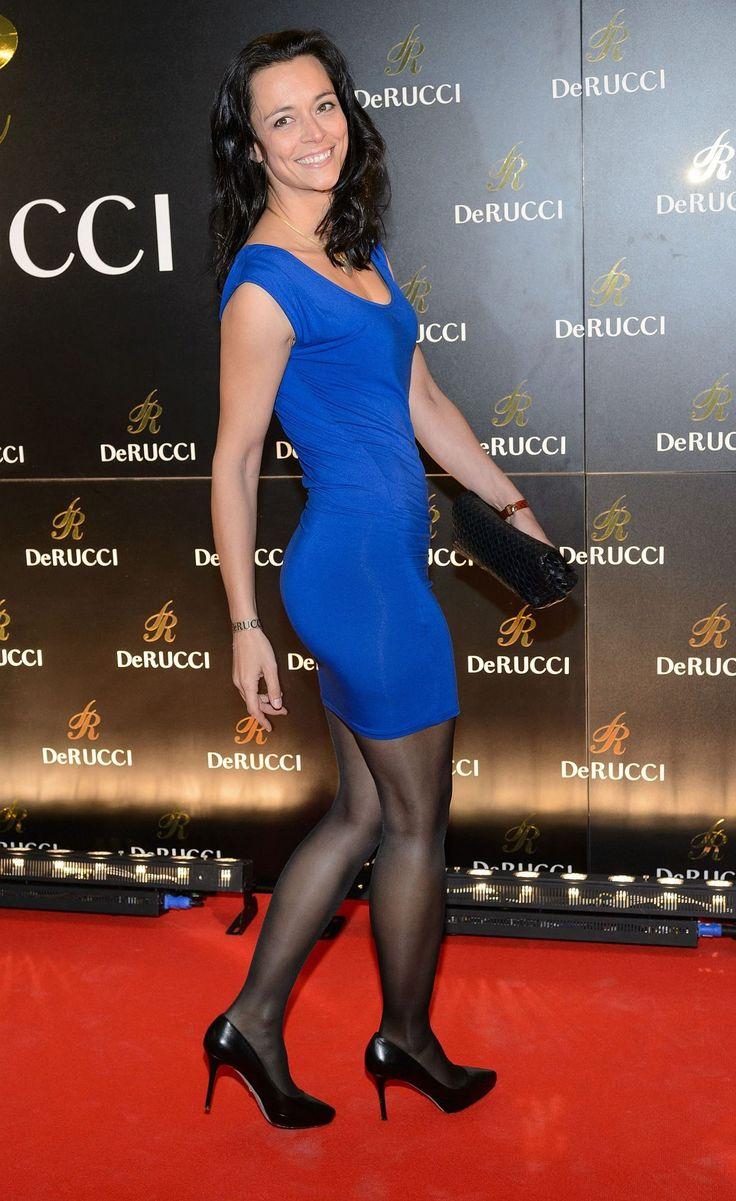 Yvonne de Bark - Google-Suche   Award show dresses, Black