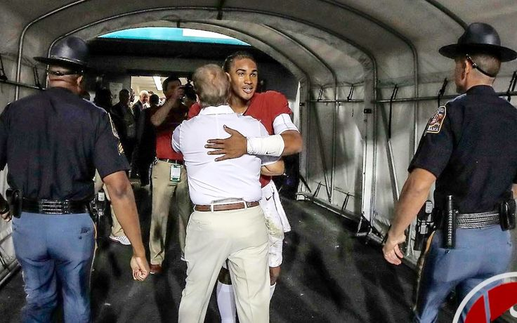 Jalen Hurts congratulating Coach Saban on his 200th consecutive win after the LSU game 11/5/2016