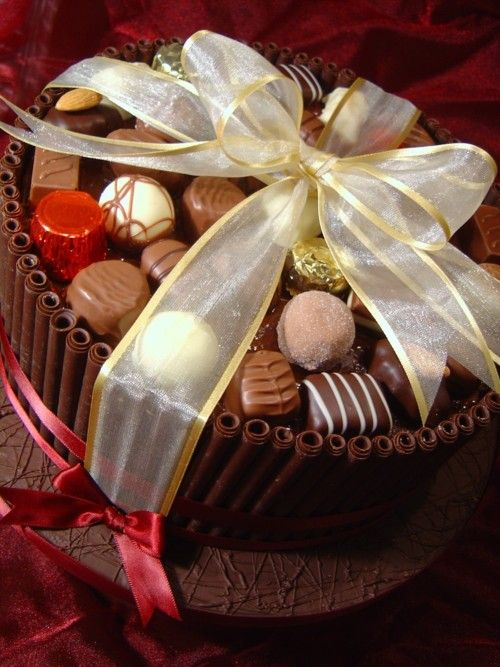 """Chocolate Box"" Cake «CaKeCaKeCaKe»"