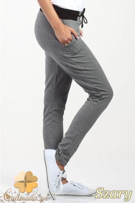 Spodnie dresowe ze ściągaczem i wiązaniem w pasie marki Paulo Connerti.  #cudmoda #moda #ubrania #odzież #styl #leggings #legginsy #leginsy #hosen #pants