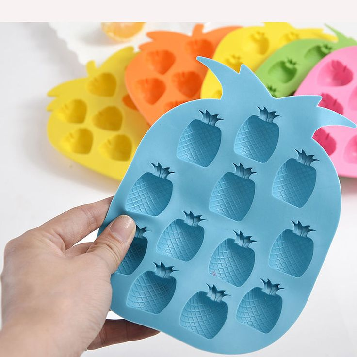 $1.35// Pineapple Icecube tray// Delivery: 2-4 weeks (5)