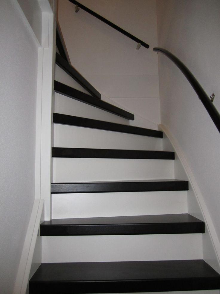 TrapXpress Traprenovatie - Forming 610 Trap in de kleur zwart met witte stootborden | Meerman 4.JPG
