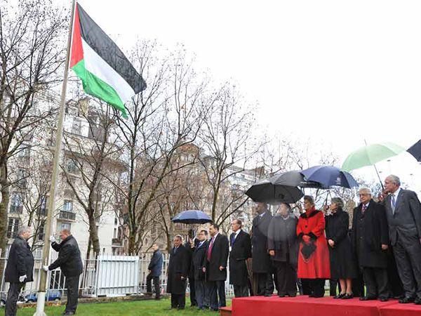 Izado de la bandera de Palestina en la sede de UNESCO en París (octubre de 2011). Foto: © UNESCO/D. Bijeljac.