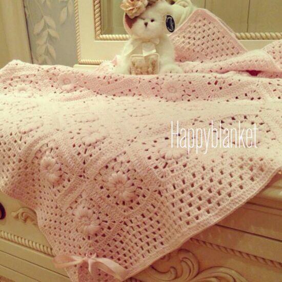 Pink handmade baby blanket (pembe el yapimi bebek battaniyesi)
