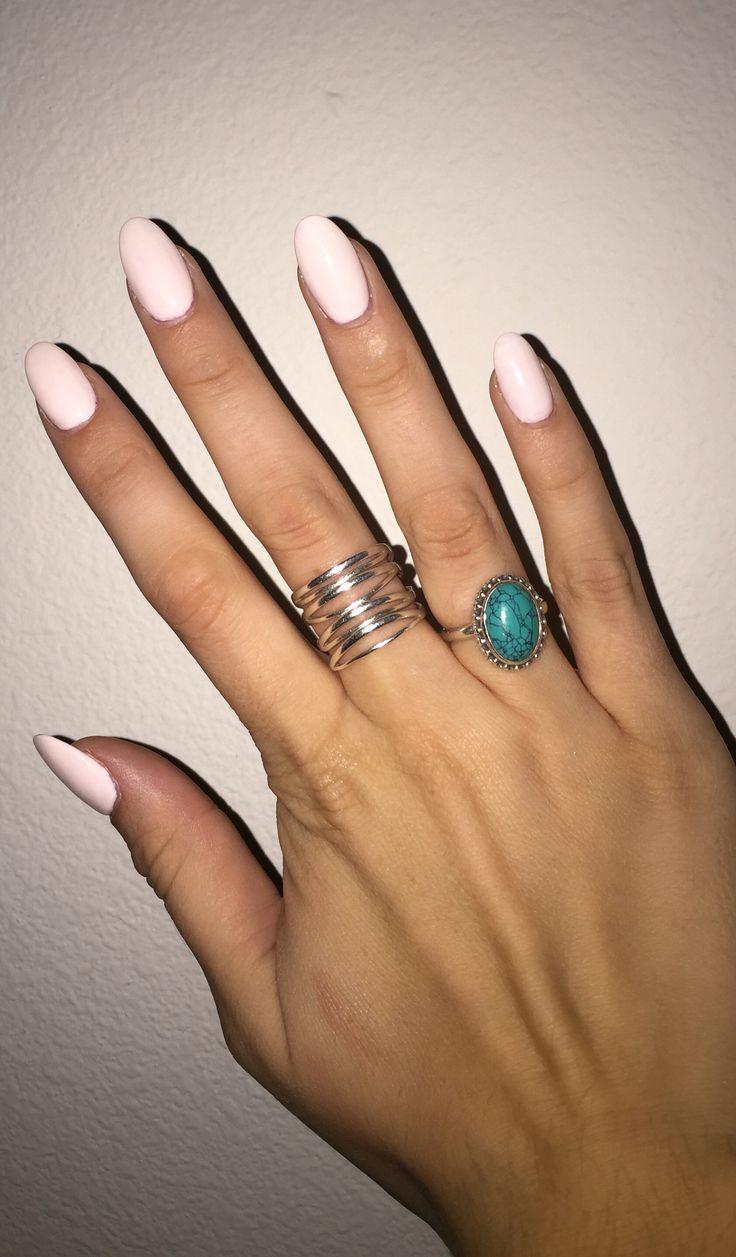 Light pink, round acrylic nails