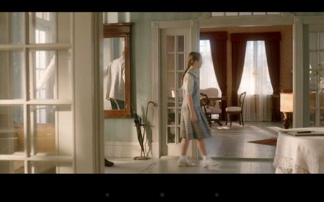 Love the Interior in th Danish TV-series Badehotellet. The style in Scandinavia around1920 have such lovely soft colour combinations.