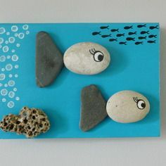 Cadre déco bois 3d poissons galets bleu turquoise blanc noir fait main unique