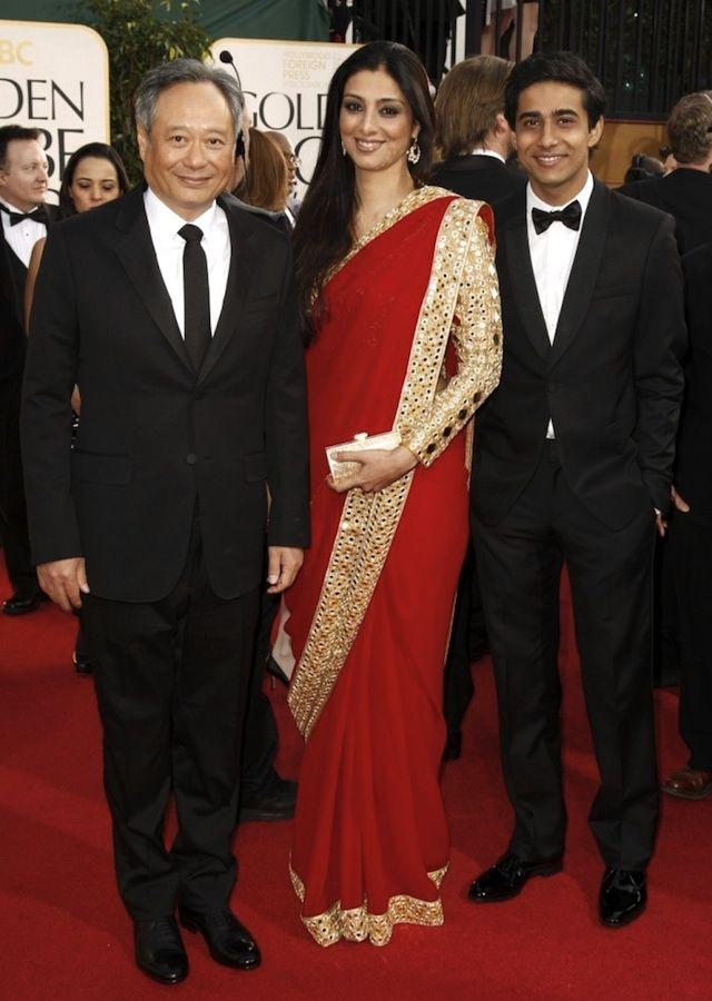 Tabu in Abu Jani Sandeep Kosla sari and mirrorwork blouse at the #GoldenGlobes. #indianinspiration