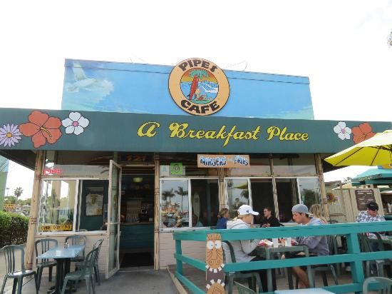 Cardiff by the Sea, CA: Pipes Cafe My favorite morning hang out.....
