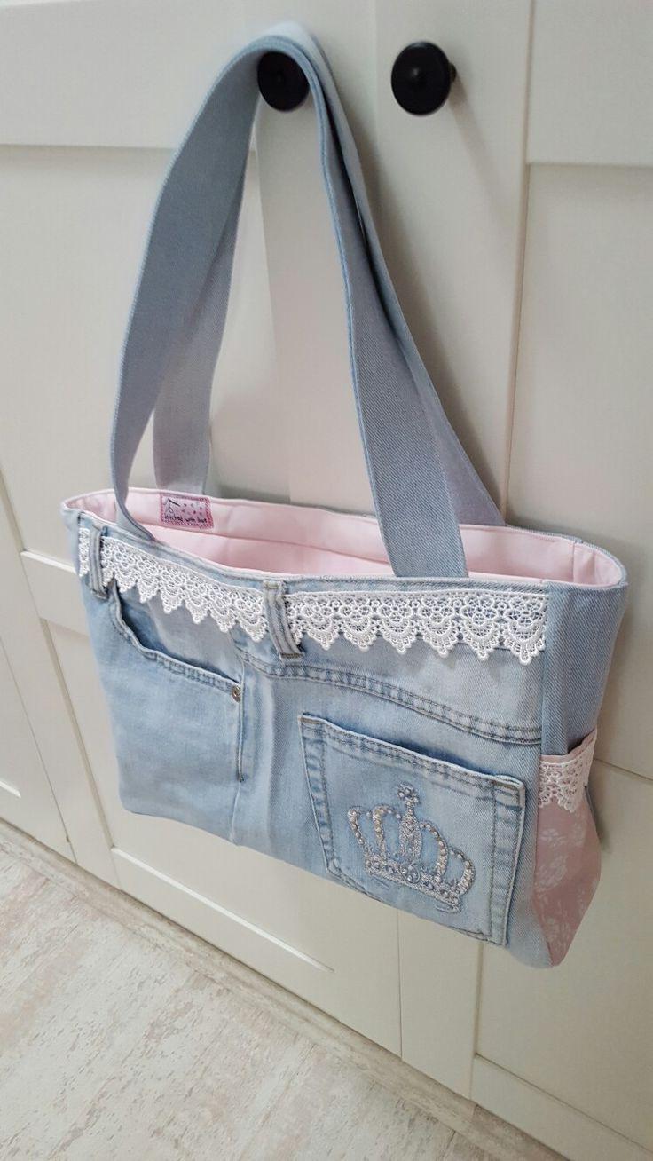 Tasche aus alter Jeans und rosa Vorhang