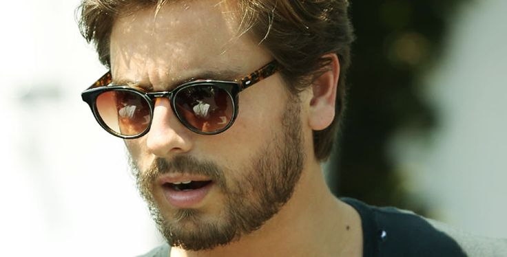 Biography about Scott Disick .Know Scott Disick educational, professional and personal life. Also know about , height, net worth
